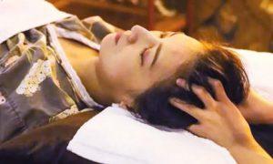 Tui Na massage van het hoofd wordt gebruikt wordt gebruikt om te ontspannen en is een toevoeging op acupunctuur